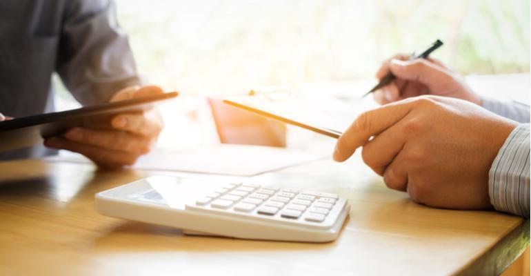 gestão financeira para donos de indústria