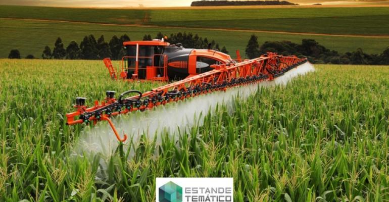 estande-tematico-jacto-expomafe-maquina-agricola