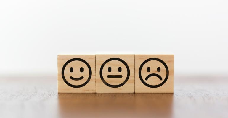 Avaliar a satisfação do cliente na indústria